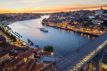 IBLGAB03806439 Douro river and the historic centre of Ribeira at sunset, Porto, Unesco World Heritage Site, Portugal