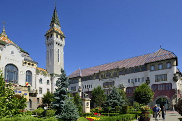 IBLHAN01846739 Art Nouveau Palace of Culture, Targu Mures, Mure? County, Transylvania, Romania