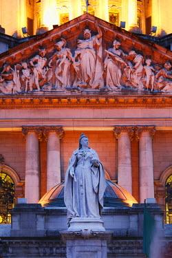 IBLMAN01987700 Statue of Queen Victoria in front of City Hall, Belfast, Northern Ireland, Ireland, Great Britain