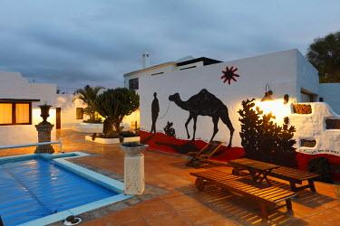 IBLMAN01412513 Patio, Hotel Casa de Hilario, Yaiza, Lanzarote, Canary Islands, Spain