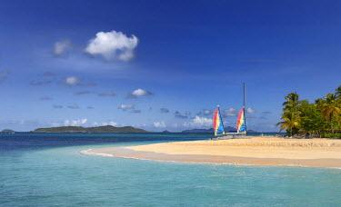 IBLSEI03111853 Headland with sailing boats on the Caribbean Sea, Grenadines, Karibik, Saint Lucia