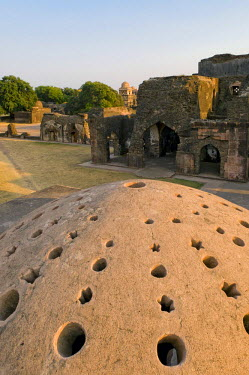IBLOMK01929469 Royal enclave, ruined city of Mandu, Madhya Pradesh, northern India