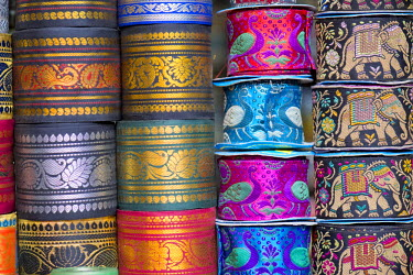 IBLOMK03603014 Rolls with embroidered gift ribbons, Jodhpur, Rajasthan, India