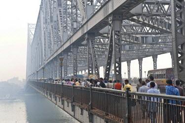 IBLOMK02294908 Howrah Bridge, Kolkata or Calcutta, West Bengal, East India, India