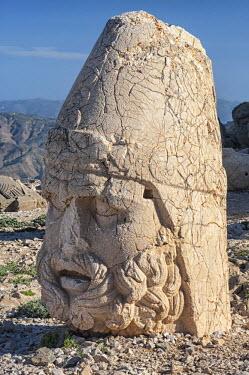 IBLGAB02346975 Mount Nemrut sanctuary, UNESCO World Heritage Site, statues on the western terrace, ruins of the Commagene civilization, 1st century B.C., Mount Nemrut, Eastern Turkey