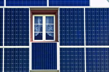 IBLDJS01379935 Solar facade