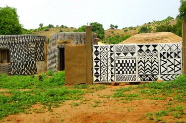 IBLGVA00870538 Decorated houses, Tiebele, Gourounsi, Burkina Faso, West Africa, Africa