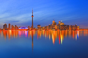 INT00904047 Canada, Ontario, Toronto, Toronto City Skyline seen at dusk from Centre Island, Toronto Islands, Lake Ontario, Ontario,