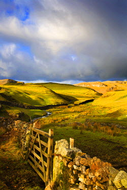 INT00929757 Great Britain, England, England, Settle, Attermire Scar