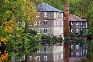 INT00930033 Great Britain, England, Knaresborough, Castle Mill in Autumn Knaresborough North Yorkshire