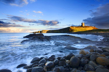 INT01050244 Great Britain, England, Embleton, Dunstanburgh Castle at Sunset Northumberland Coast