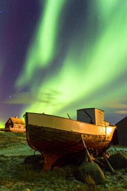 INT01098880 Norway, boat, Northern Lights, Eggum, Lofoten,