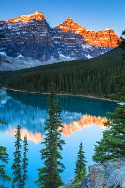 INT01108557 Canada, Moraine brine, Banff national park, Alberta,