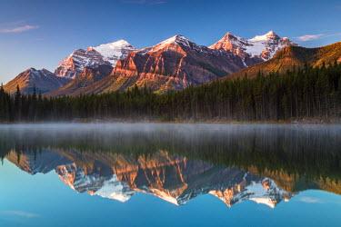 INT01108691 Canada, Herbert brine, Bow Range, Mount Temple, Fairview Mountain, Banff national park, Icefield Parkway, Alberta,