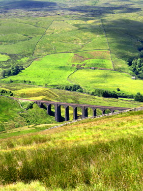INT01115680 Great Britain, England, Dent, Artengill Viaduct from Great Knoutberry Hill in Dentdale Yorkshire Dales Cumbria