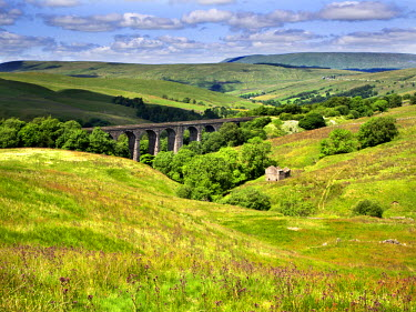 INT01115681 Great Britain, England, Dent, Dent Head Viaduct Dentdale Yorkshire Dales Cumbria