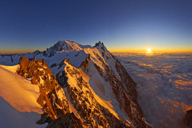 INT01128872 France, The Mont-Blanc (4810m) and aiguille du Midi (3842m) at sunset, Chamonix,