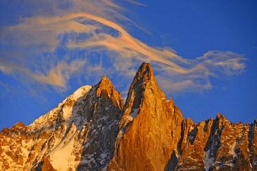 INT01129083 France, The aiguille Verte (4122 m) and aiguille du Dru (3754 m) at sunset, Chamonix,