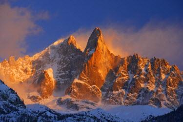 INT01129098 France, The aiguille Verte (4122 m) and aiguille du Dru (3754 m) at sunset, Chamonix,