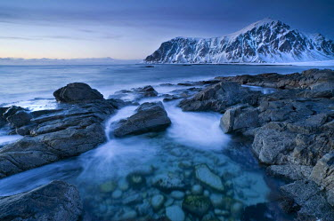 IBLOMK02119038 Evening mood at Skagsanden, beach near Flakstad, Flakstadsoya, Lofoten Islands, Nordland, Norway