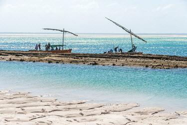 MOZ1576AW Africa, Mozambique, Bazaruto Islands. Fishermen at the Bazaruto Islands.