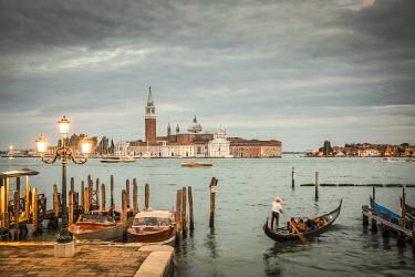 IT02560 Chiesa di San Giorgio Maggiore & St. Mark's Square (Piazza San Marco) Venice, Italy