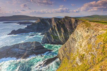 Ireland, County Kerry, Ring of Kerry, Portmagee, Portmagee sea cliffs, sunset