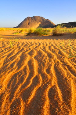 IBXGIV04134549 Ben Amira, the second largest monolith in the world, Adrar region, Mauritania, Africa