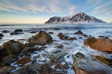 IBXOMK03158102 Skagsanden, a beach near Flakstad, Flakstad v�y, Lofoten, Nordland, Norway