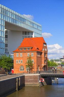 GER9601AW Der Spiegel building, HafenCity, Hamburg, Germany