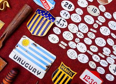 URU0183AW Uruguay, Montevideo, Cordon Neighbourhood, Flea Market Doctor Tristan Narvaja.