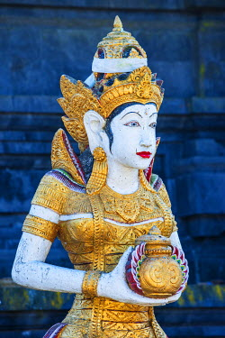 IBXGAB04007295 Statue, Pura Ulun Danu Batur Temple, Bali, Indonesia