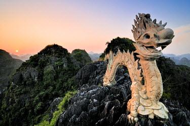 IBXGZS01644121 Dragon on a karst hill, near Ninh Binh, dry Halong Bay, Vietnam, Southeast Asia