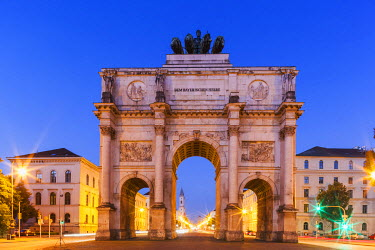 TPX56120 Germany, Bavaria, Munich, Victory Gate