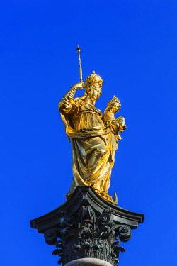 TPX56156 Germany, Bavaria, Munich, Marienplatz, Column of the Virgin Mary