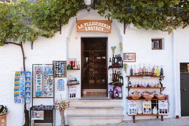 ITA9300AW Trulli, Alberobello, Itria valley, Apulia, Italy