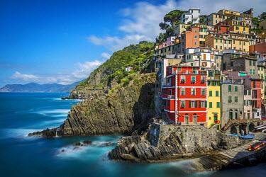 ITA9362AW Europe, Italy, Cinque Terre. view of Riomaggiore.