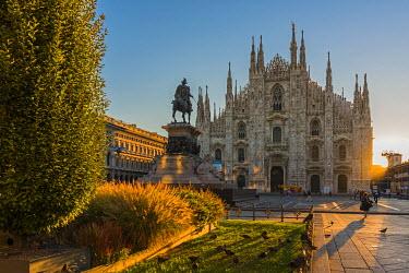 ITA9386AW Piazza del Duomo, Milan, Lombardy, Italy
