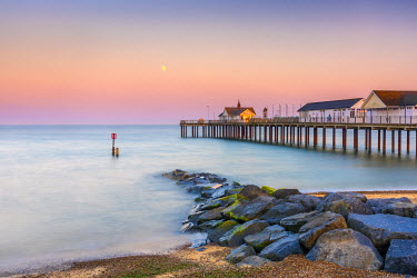 UK07918 UK, England, Suffolk, Southwold, Southwold Pier