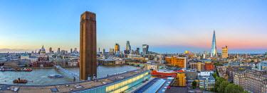UK11081 UK, England, London, City of London from Tate Modern