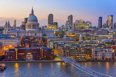 UK11084 UK, England, London, St. Paul's Cathedral and City of London Skyline