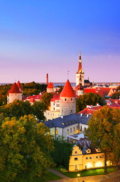 EST1172AW Old Town view from Toompea Hill at dusk, a Unesco World Heritage Site. Tallinn, Estonia
