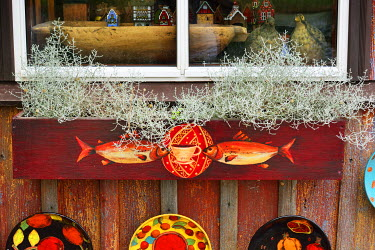 LIT1211AW Detail of a handicrafts shop. Trakai, Lithuania