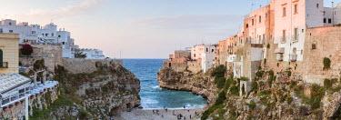 ITA9306AW Polignano a Mare, Apulia, Italy
