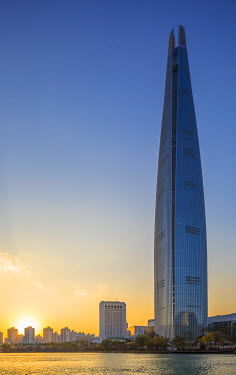 KR030RF Lotte Tower (555m supertall skyscraper, 5th tallest building in the world when completed in 2016), Seoul, South Korea