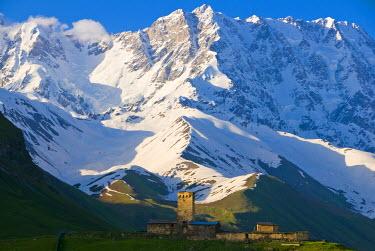 AS08MRU0114 Fortified village of Ushguli, Svanetia, Unesco World Heritage Site, in background Mount Shkhara, Georgia, Caucasus