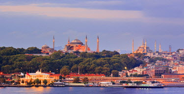 AS37TNO0066 Panorama. Blue Mosque and Hagia Sophia on the Golden Horn. Istanbul. Turkey.