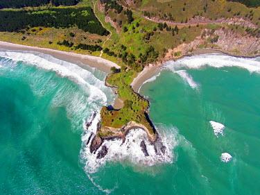 AU02DWA9402 Mapoutahi, Historic Maori Pa Site, Goat Island, Purakanui Bay, north of Dunedin, South Island, New Zealand