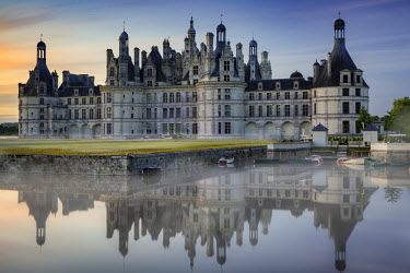 EU09BJN1887 Early morning over Chateau Chambord, Loire-et-Cher, Centre, France