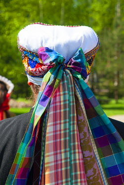 EU35NTO0106 Headgear, Seto woman in traditional costume, Seto Farm Museum, Varska, Estonia, Baltic States